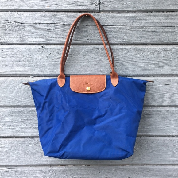 Longchamp Handbags - Longchamp Le Pliage Tote Sz L